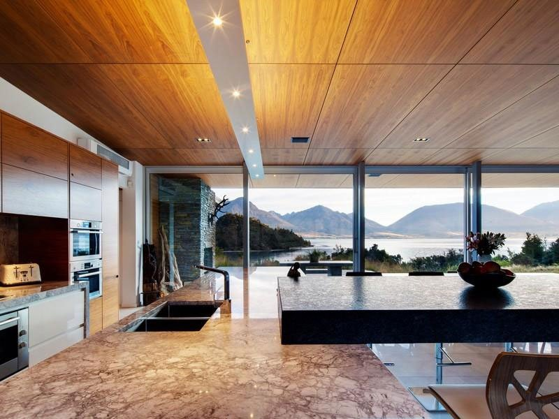 Architectural-Lakeside-Living-06