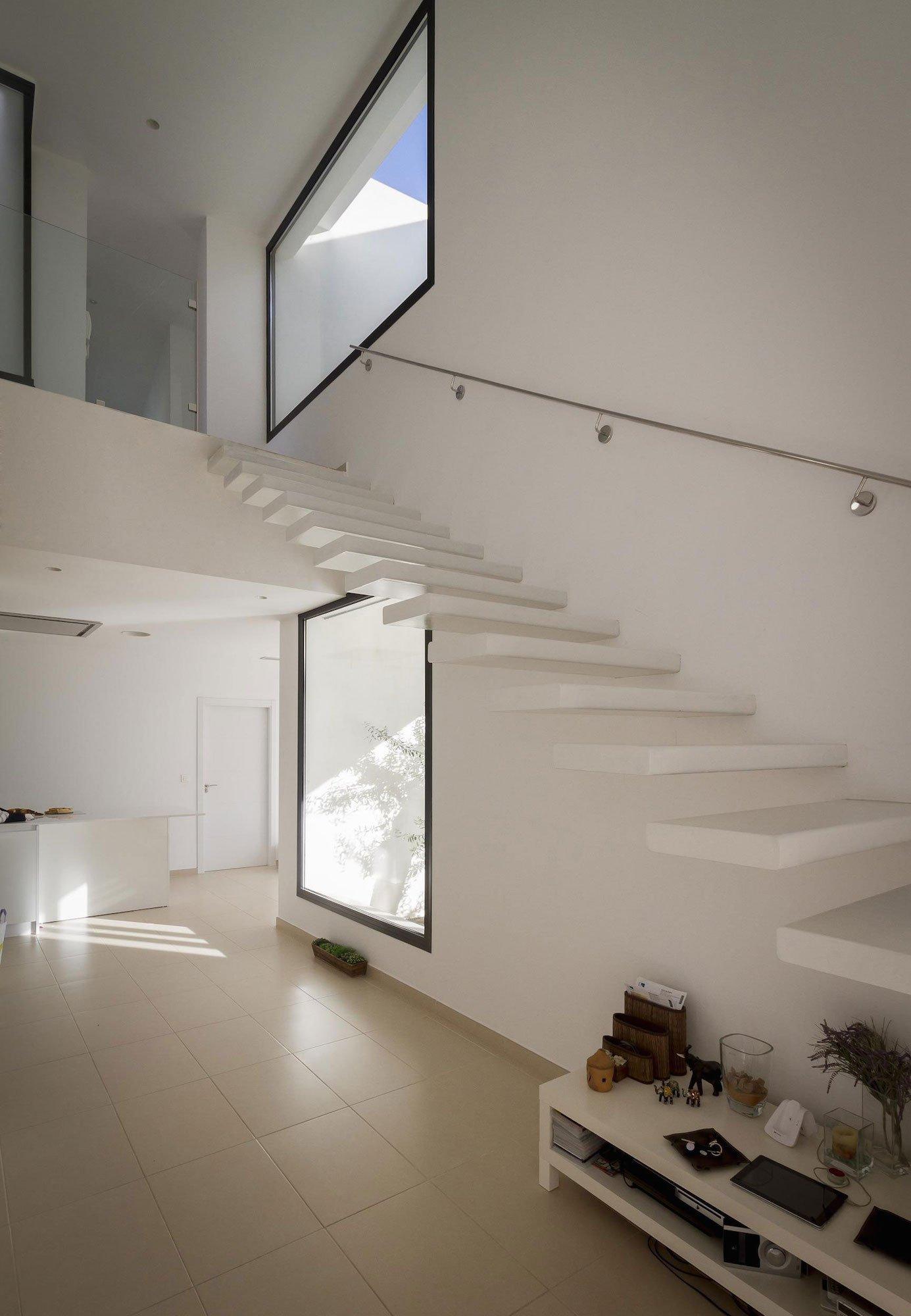 Aviles-Ramos-Residence-14