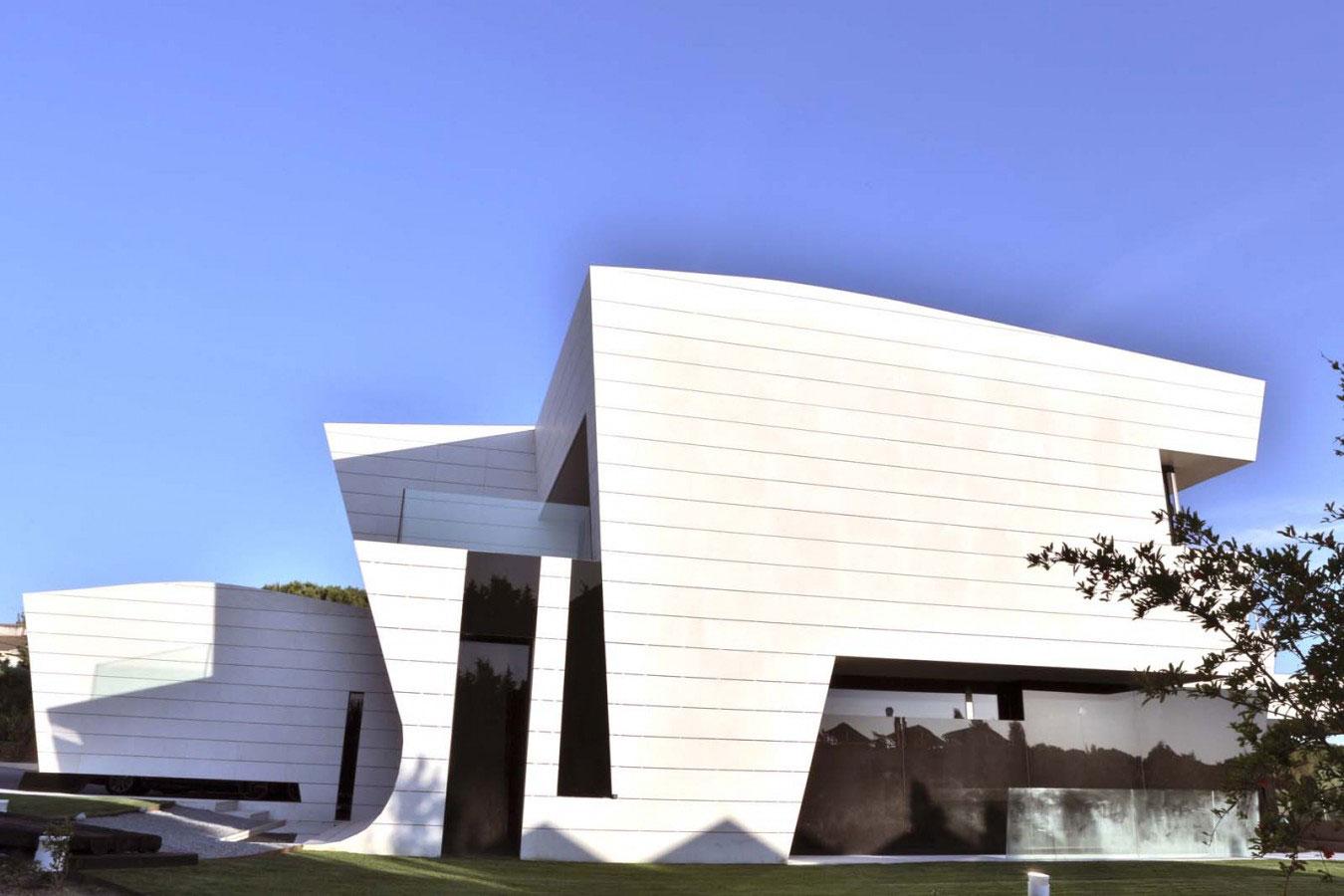 Balcony-House-03
