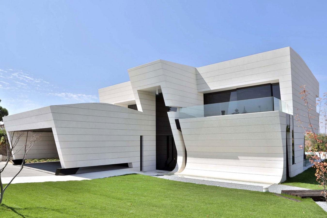 Balcony-House-05