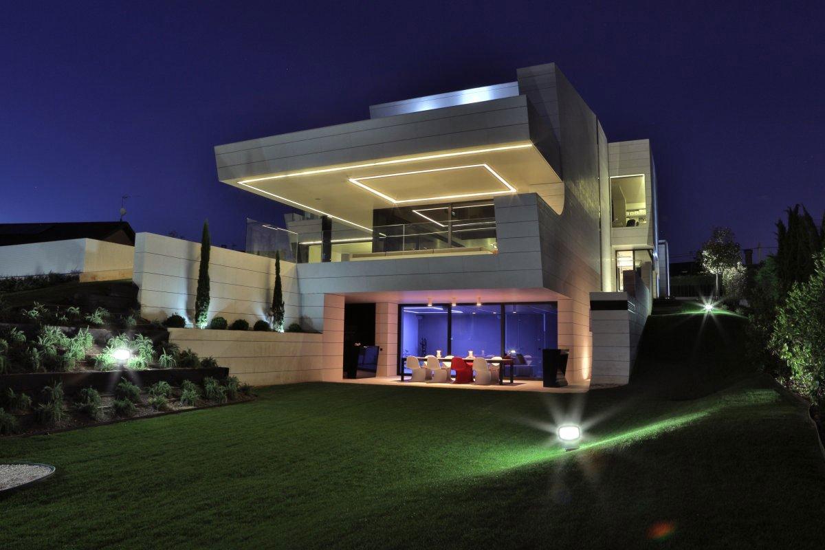 Balcony-House-18