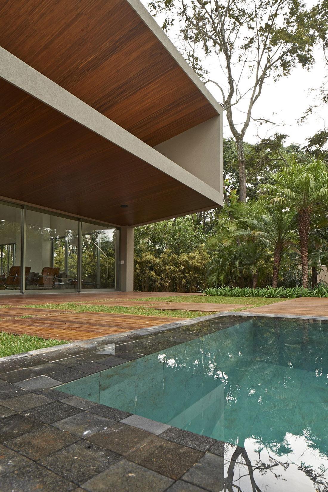 Bosque-da-Ribeira-Residence-05