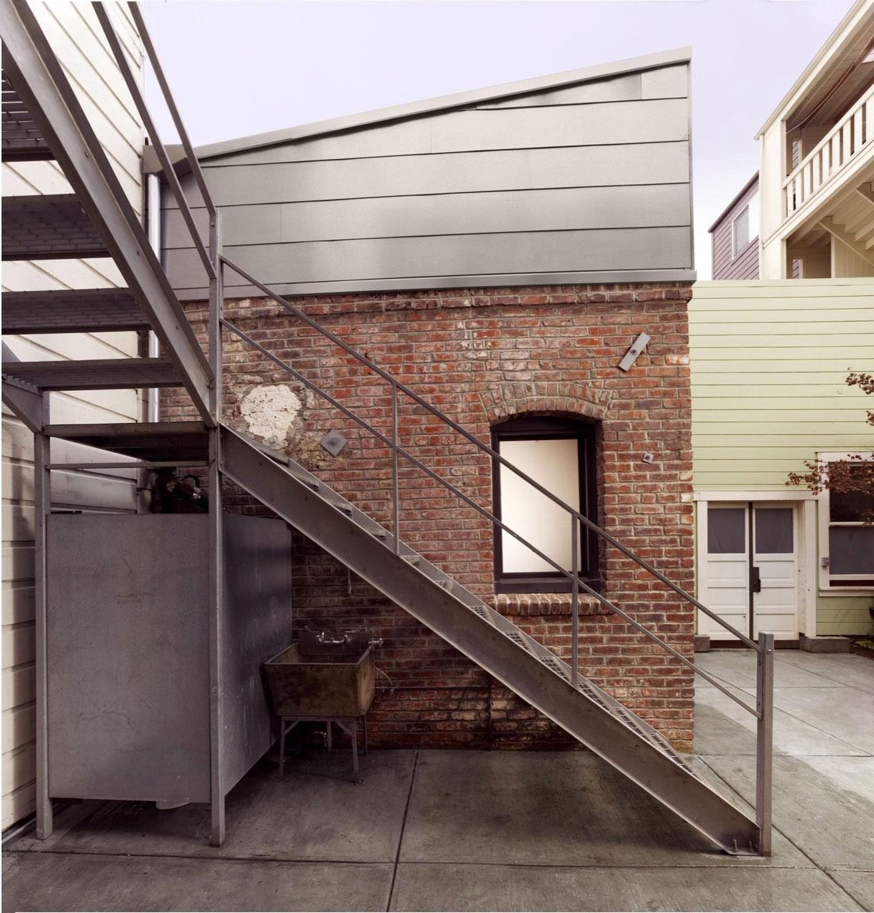 Brick-House-02