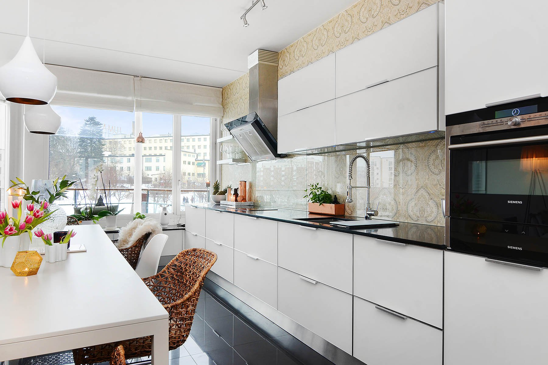 Bright-Two-Bedroom-Aparment-02-1