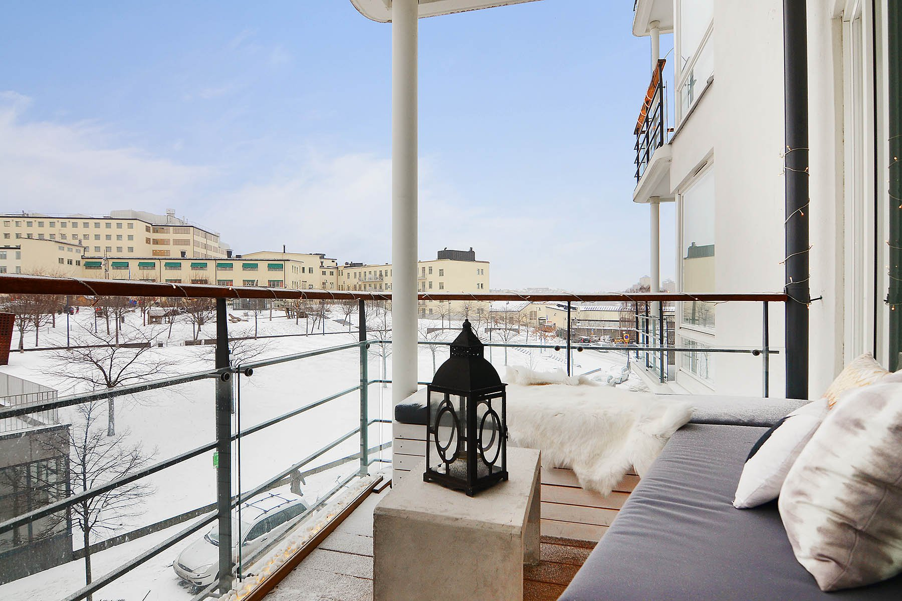 Bright-Two-Bedroom-Aparment-08