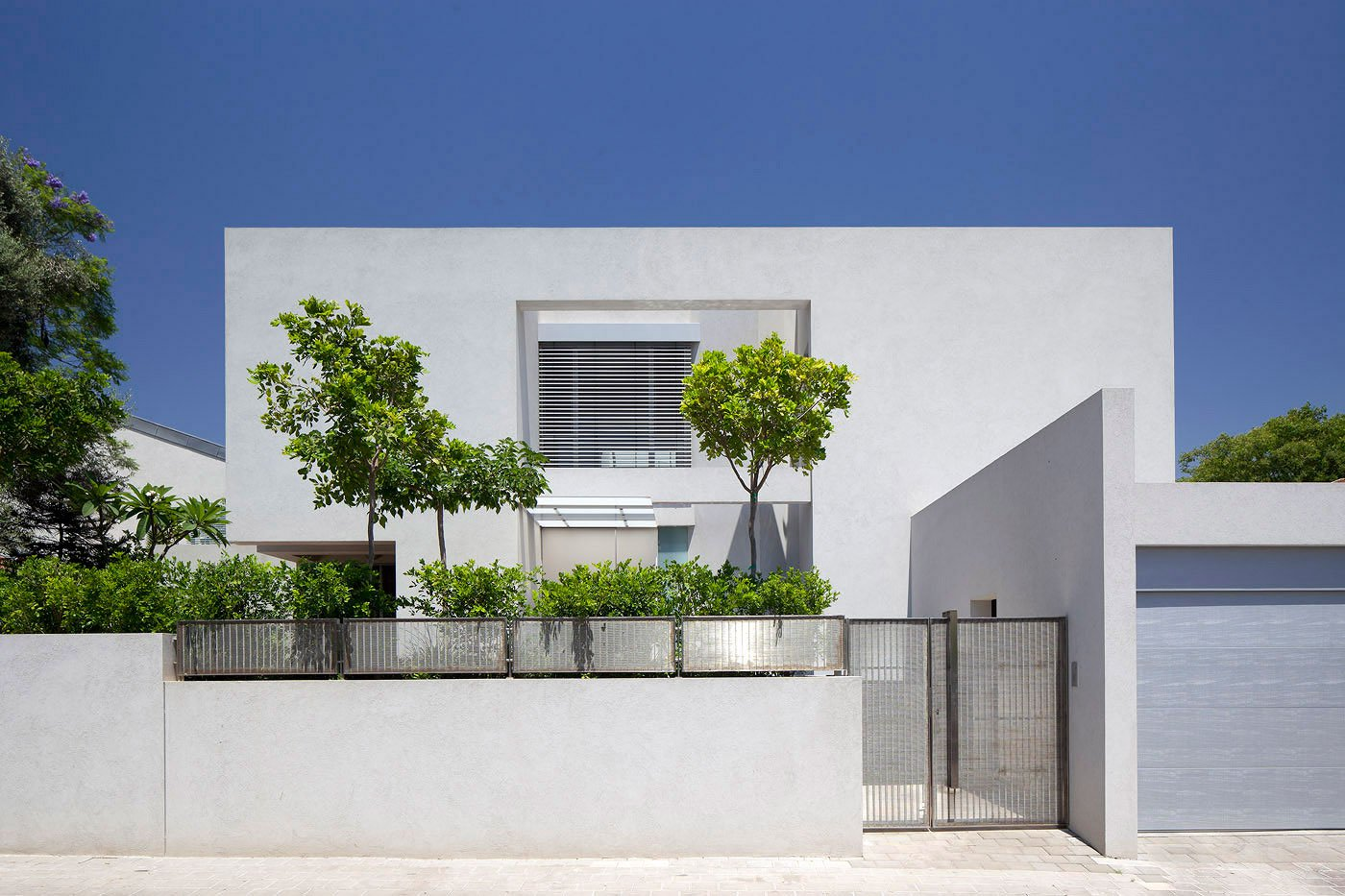 Ch house by domb architects caandesign architecture for Ch homes