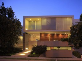 Casa Veintiuno by Hernandez Silva Arquitectos