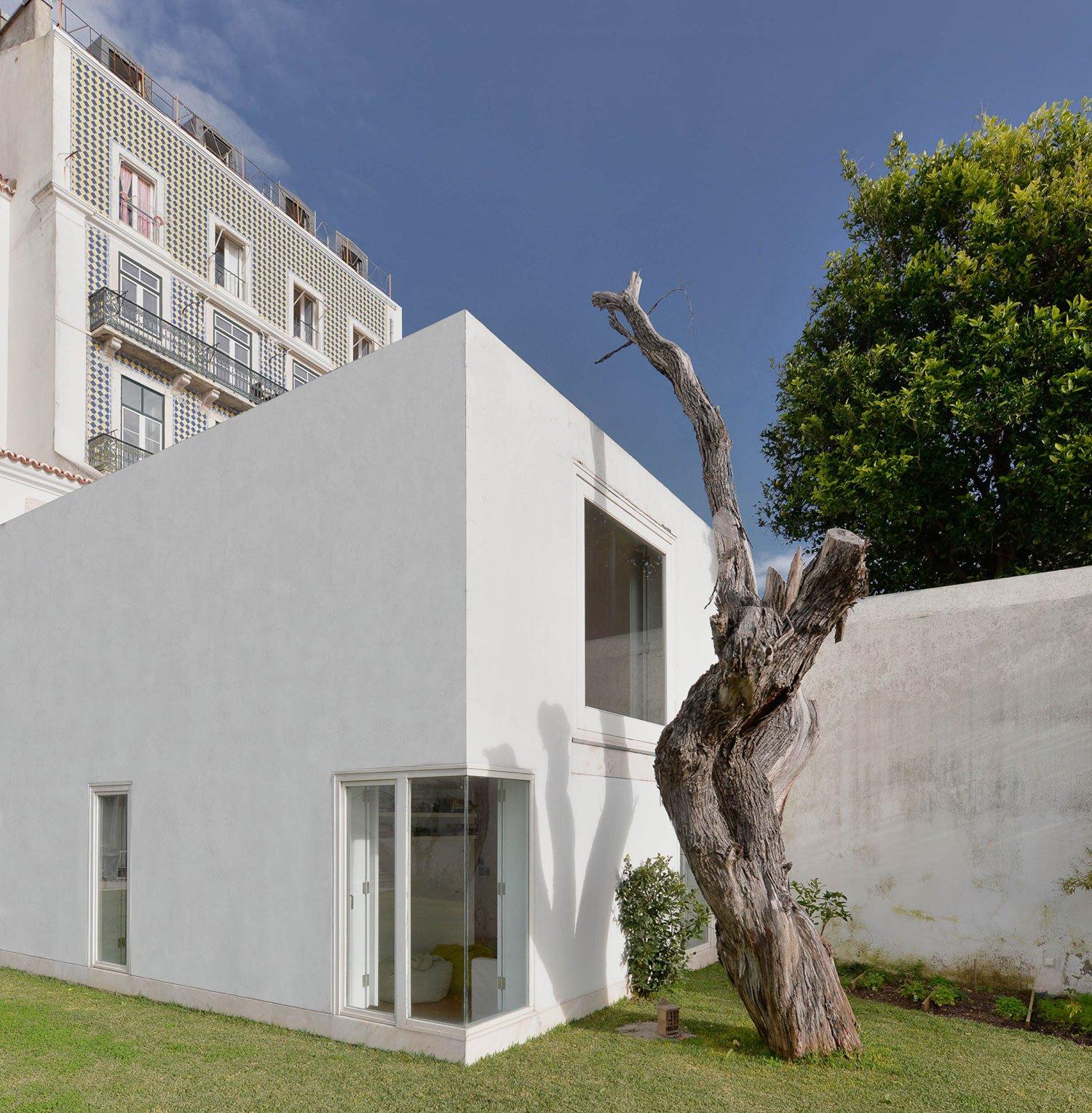 Casa-na-Rua-de-Sao-Mamede-ao-Caldas-08