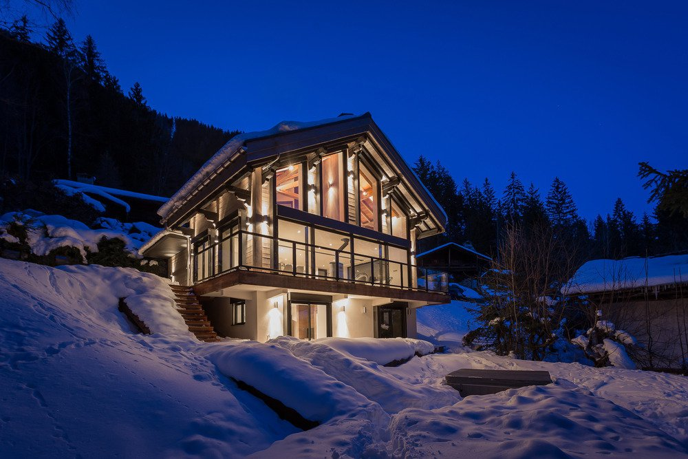 Chalet Dag in Chamonix by Chevallier Architectes