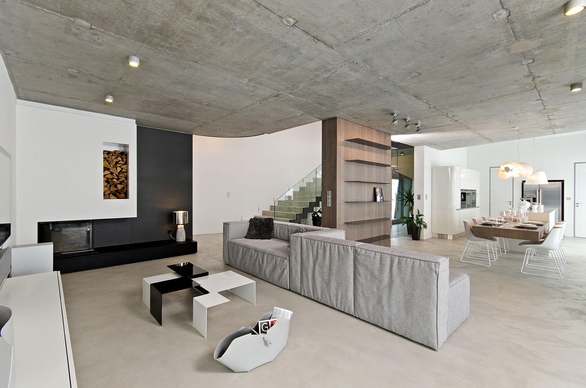 Concrete interior 01