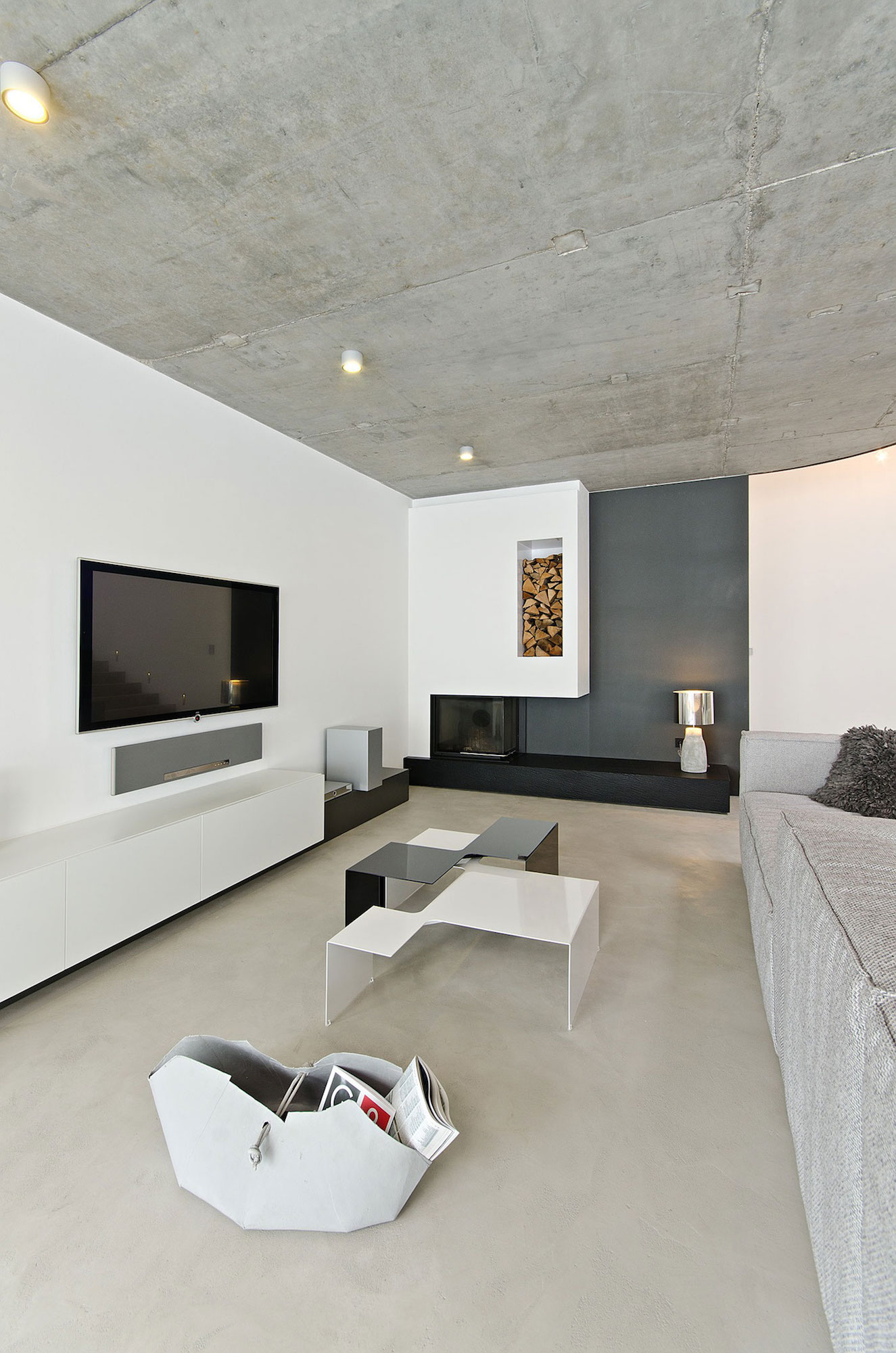 Concrete-Interior-02