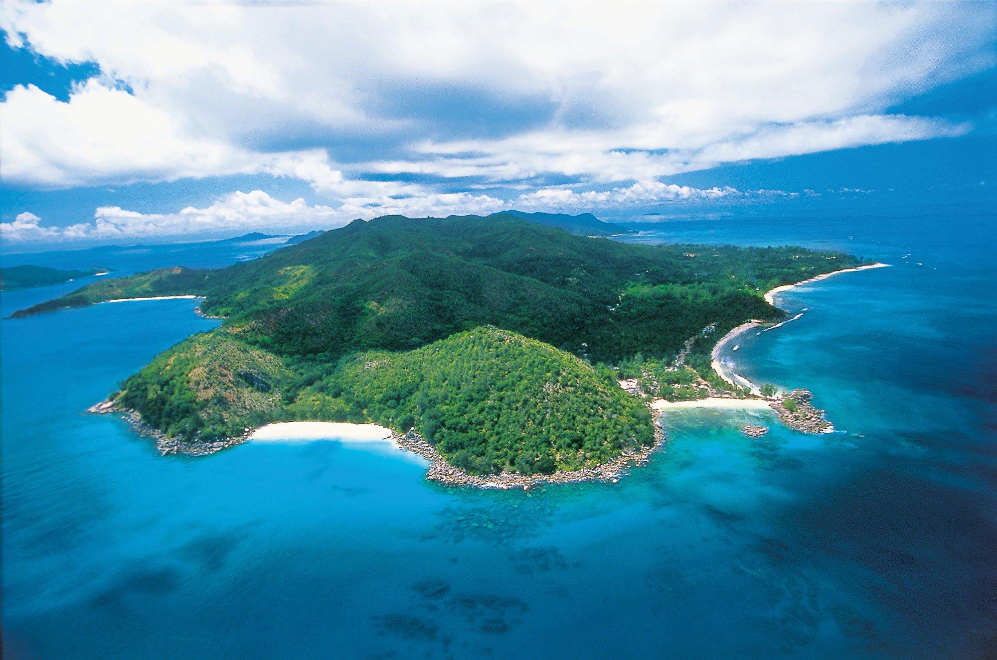Constance-Lemuria-Seychelles-01