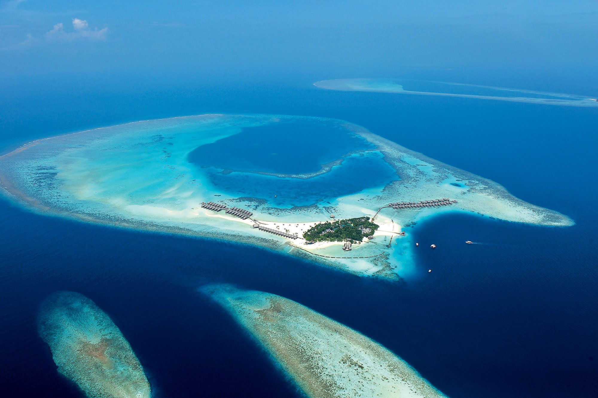 Constance-Moofushi-Maldives-01