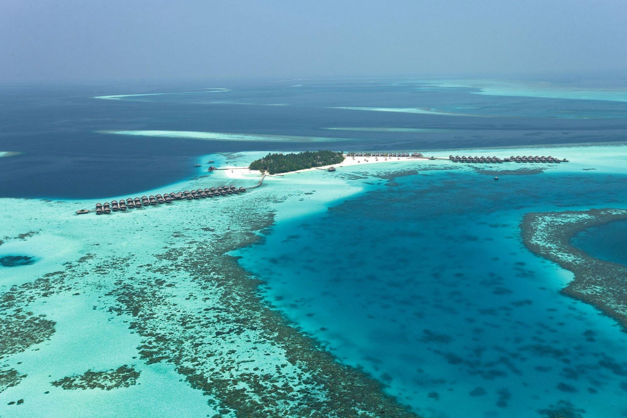 Constance-Moofushi-Maldives-02