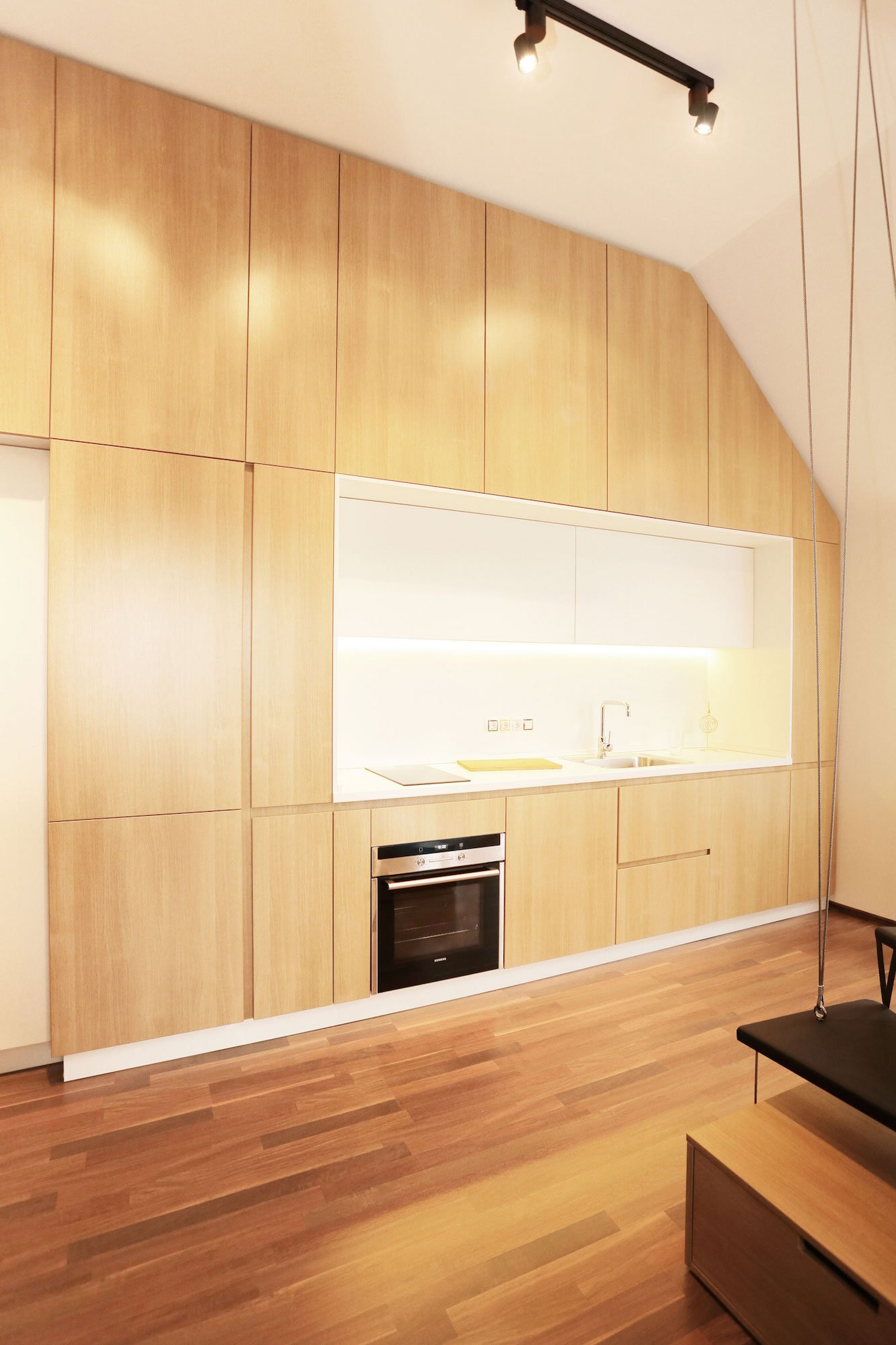 Contemporary-Apartment-04