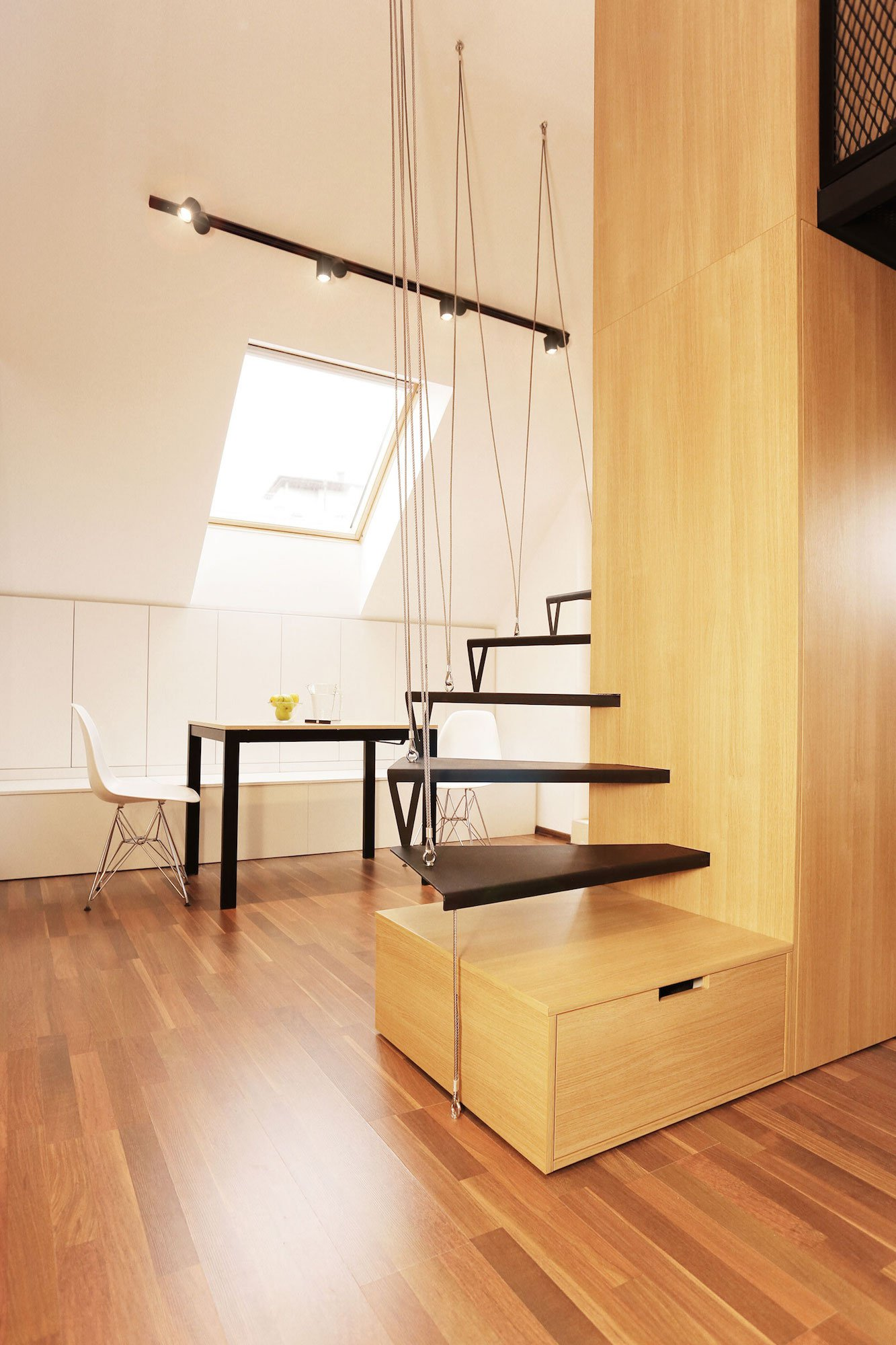 Contemporary-Apartment-15