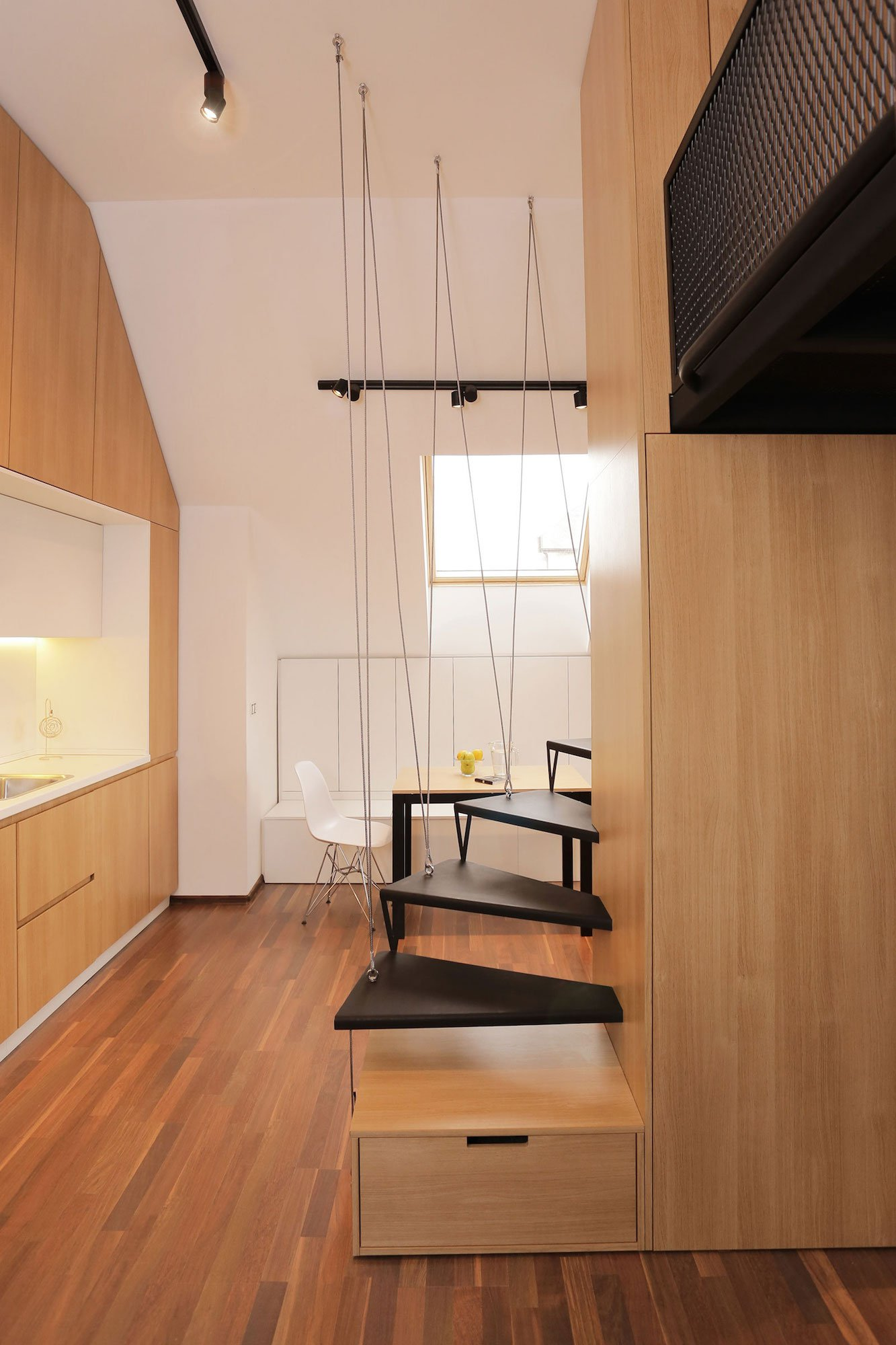 Contemporary-Apartment-16