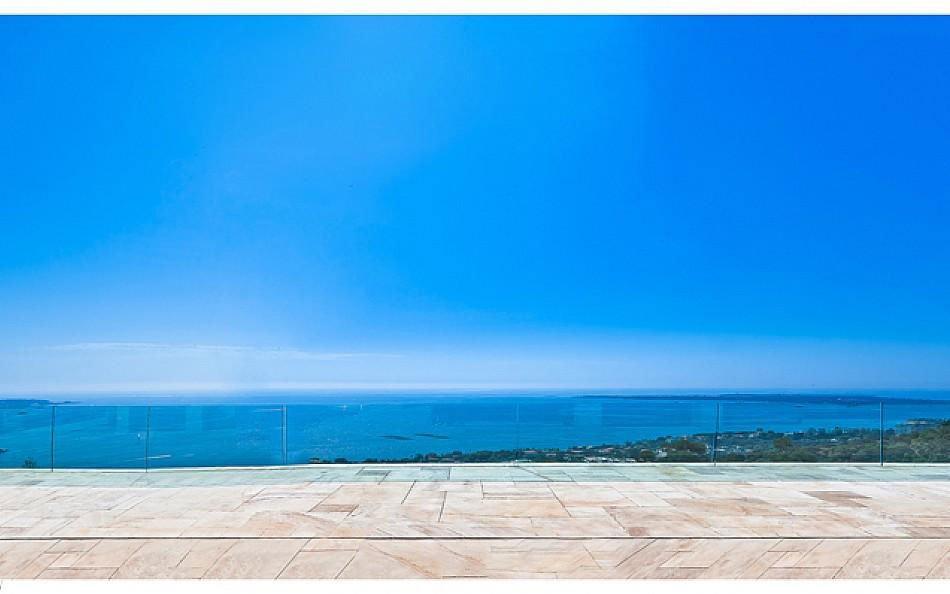 Contemporary-Estate-in-Super-Cannes-06