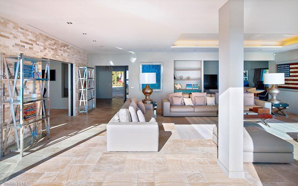 Contemporary-Estate-in-Super-Cannes-11