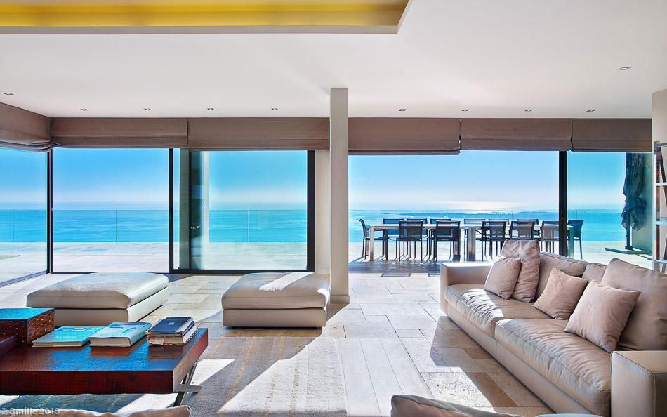 Contemporary-Estate-in-Super-Cannes-13