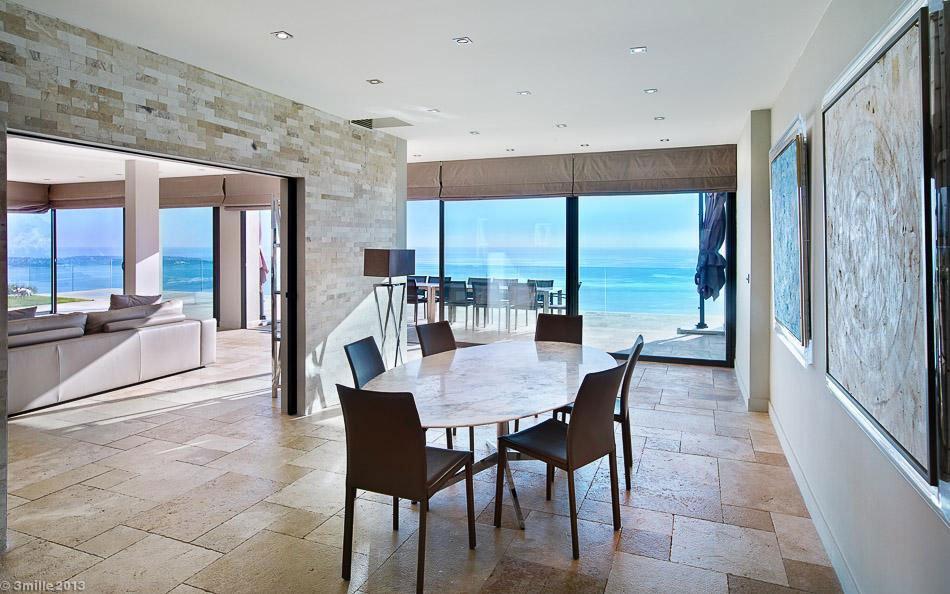 Contemporary-Estate-in-Super-Cannes-18
