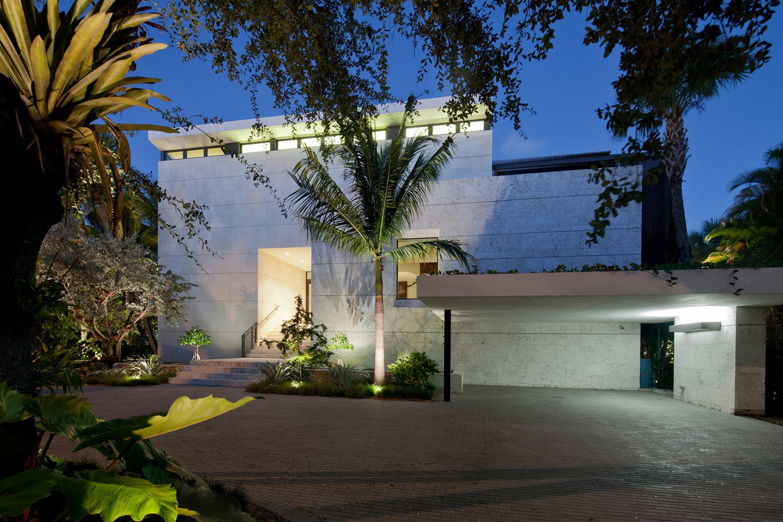 Coral-Gables-Residence-10