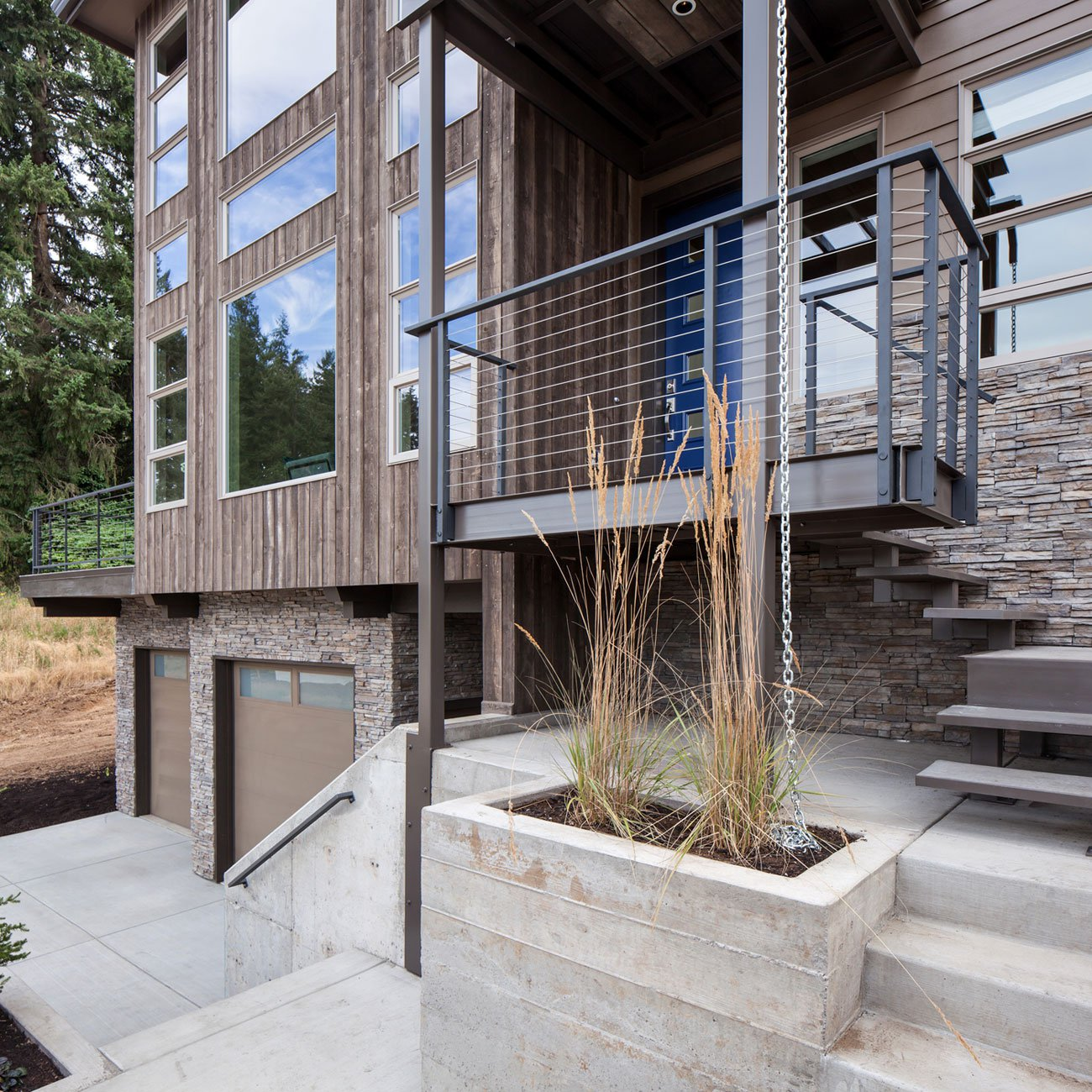 Modern Home In Eugene Oregon By Jordan Iverson Signature: 35TH PLACE Crest Meadows Residence By Jordan Iverson