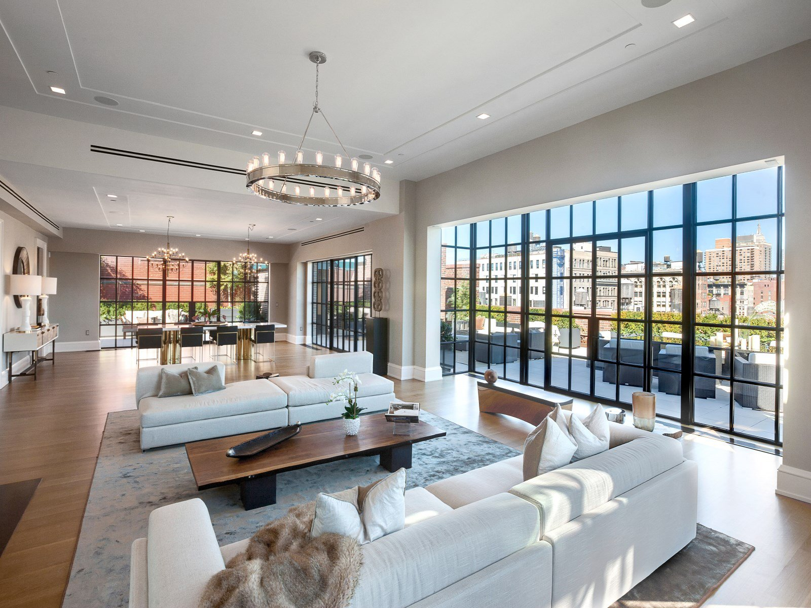 Crown Jewel Penthouse I-03