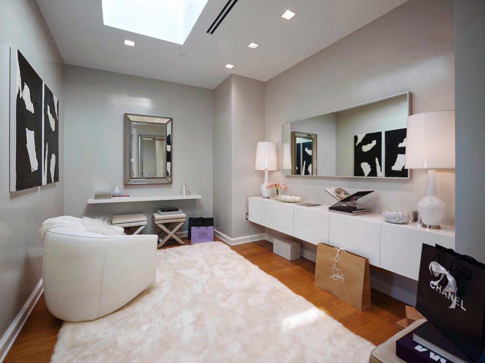 Crown Jewel Penthouse I-23