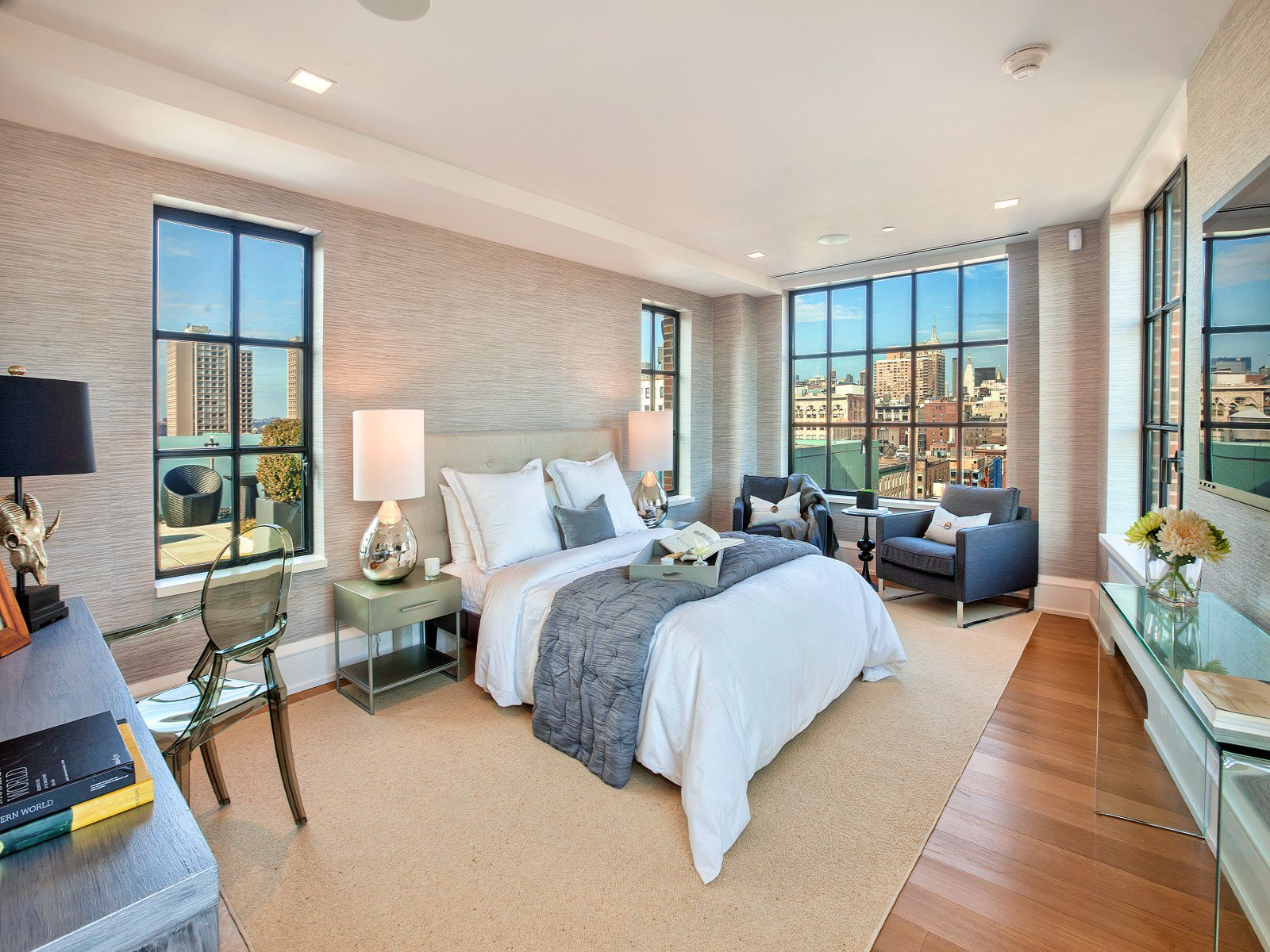 Crown Jewel Penthouse I-30