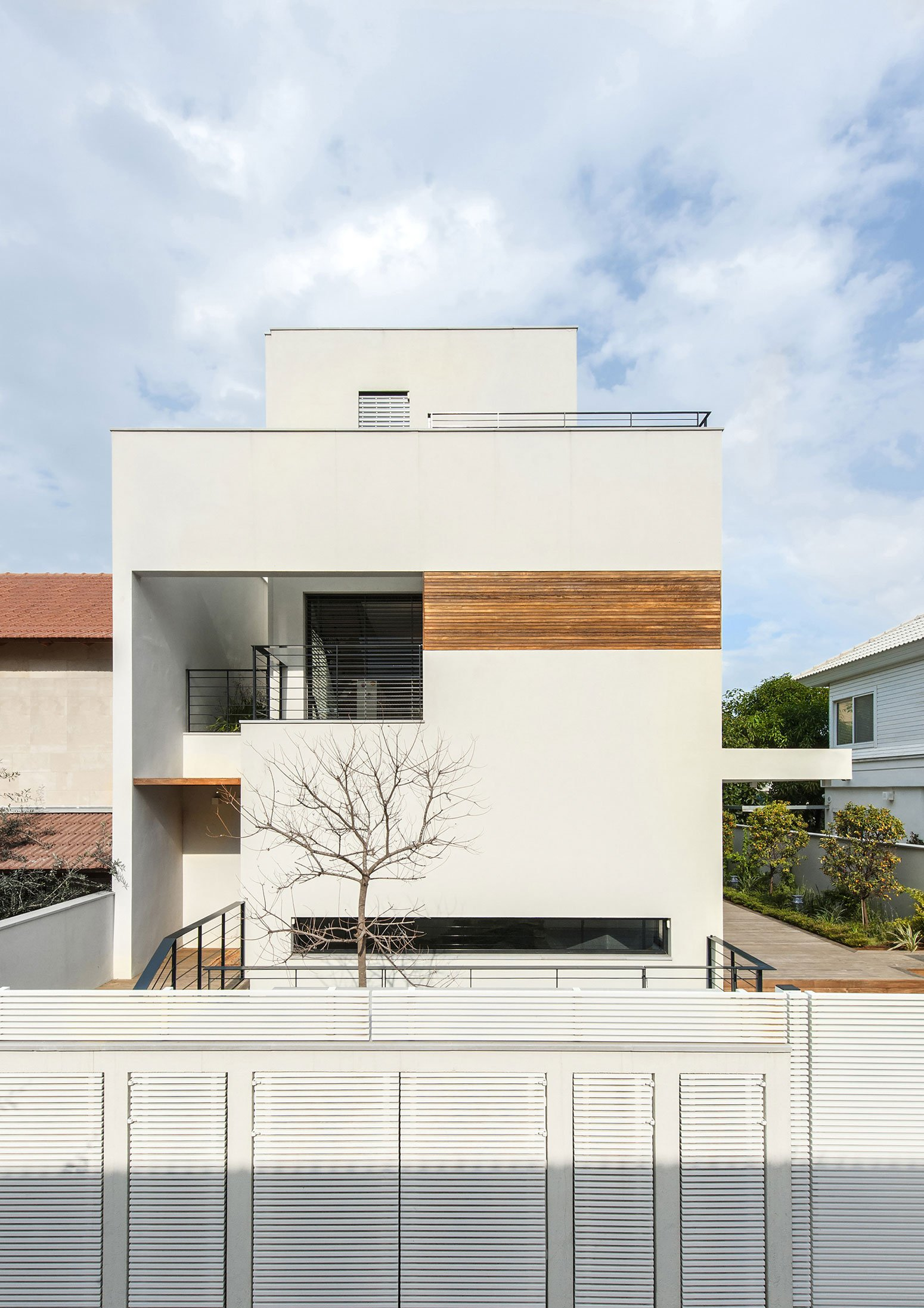 D House 01