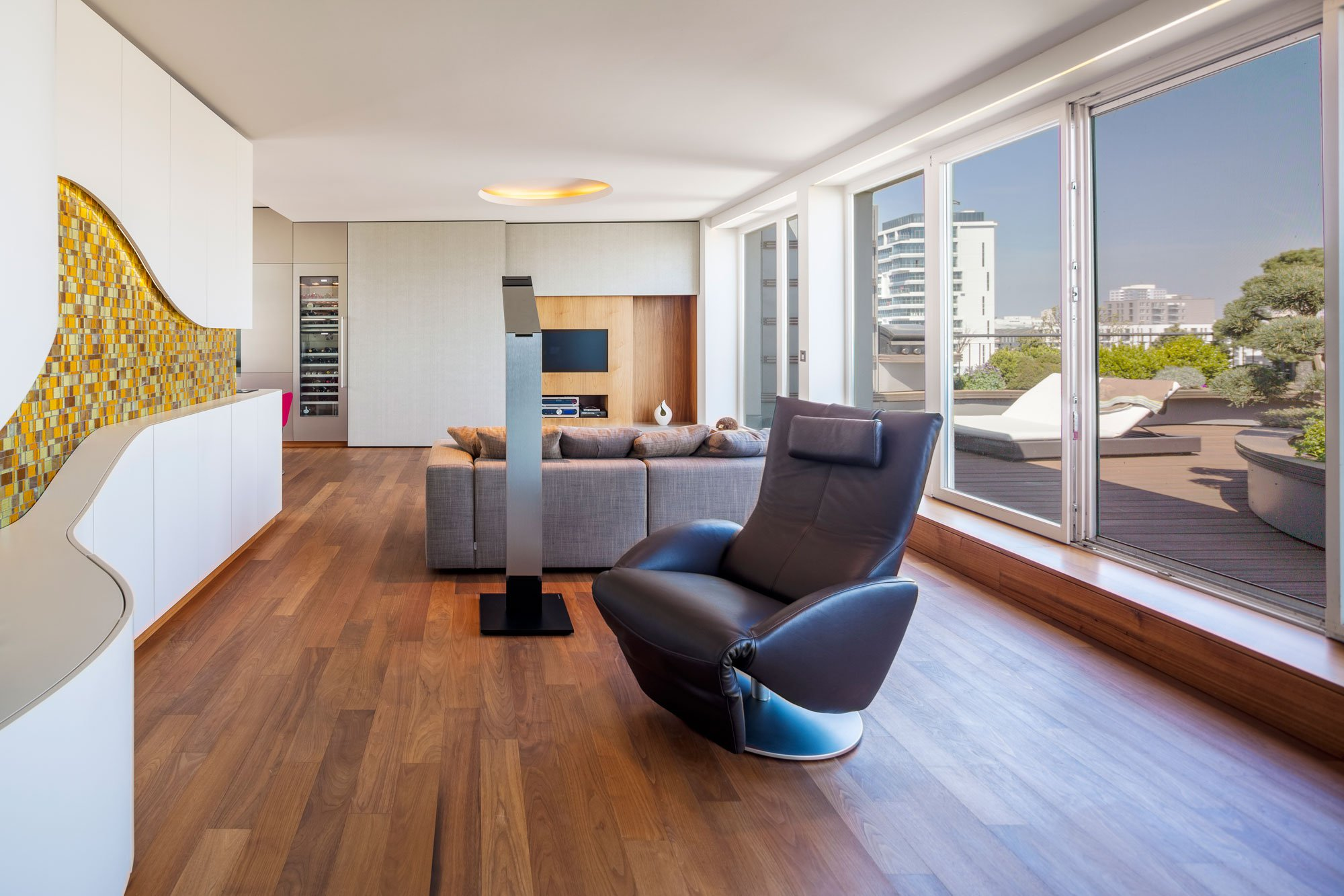 Exceptional-Penthouse-06