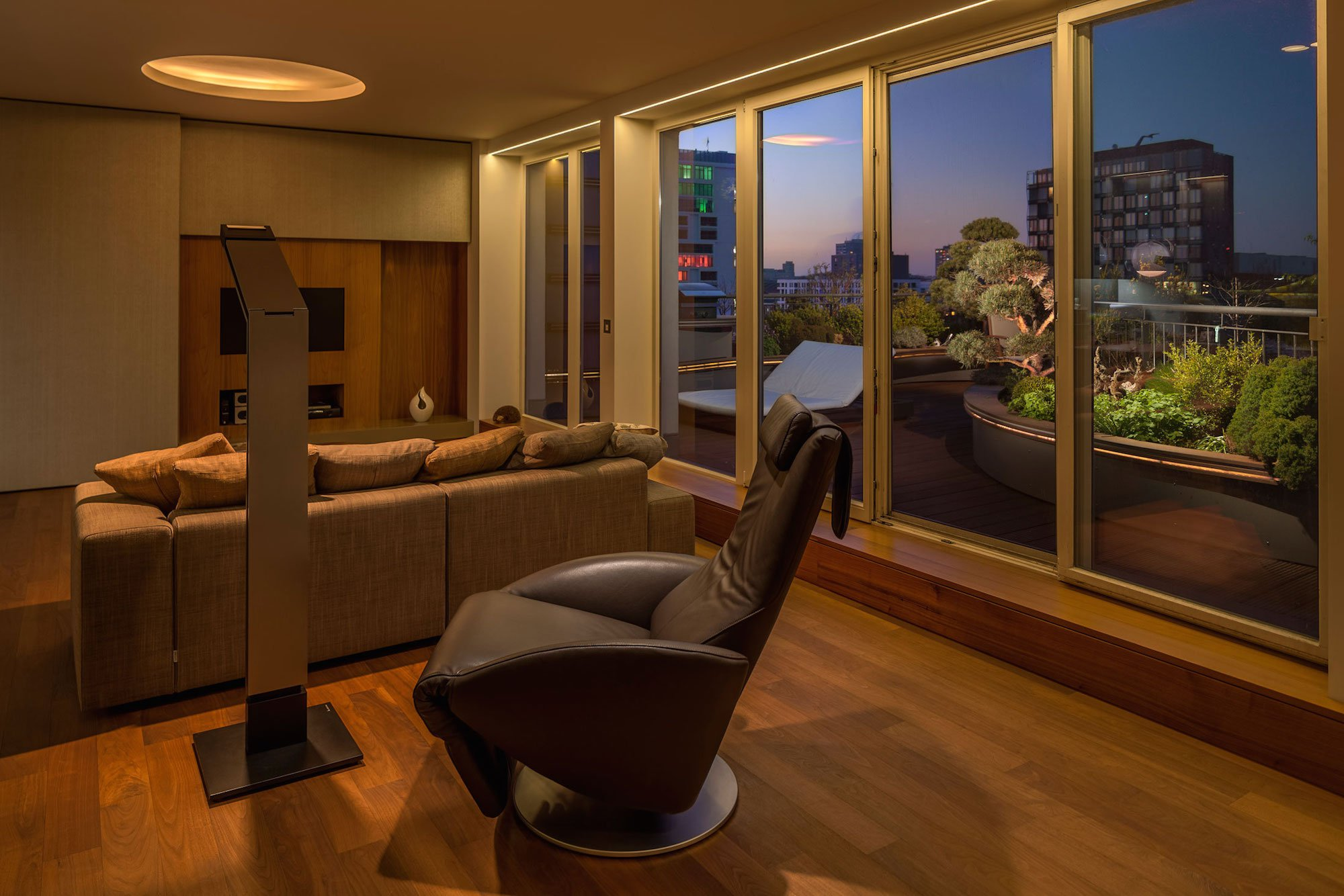 Exceptional-Penthouse-14