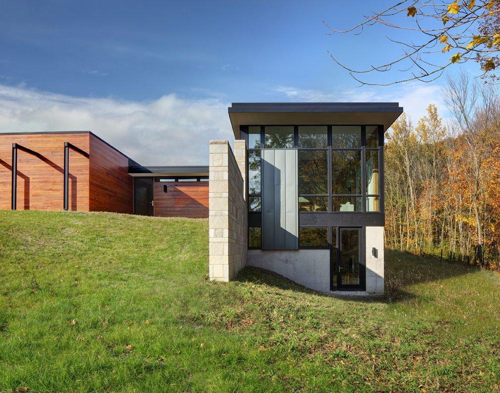 Fieldstone-House-04