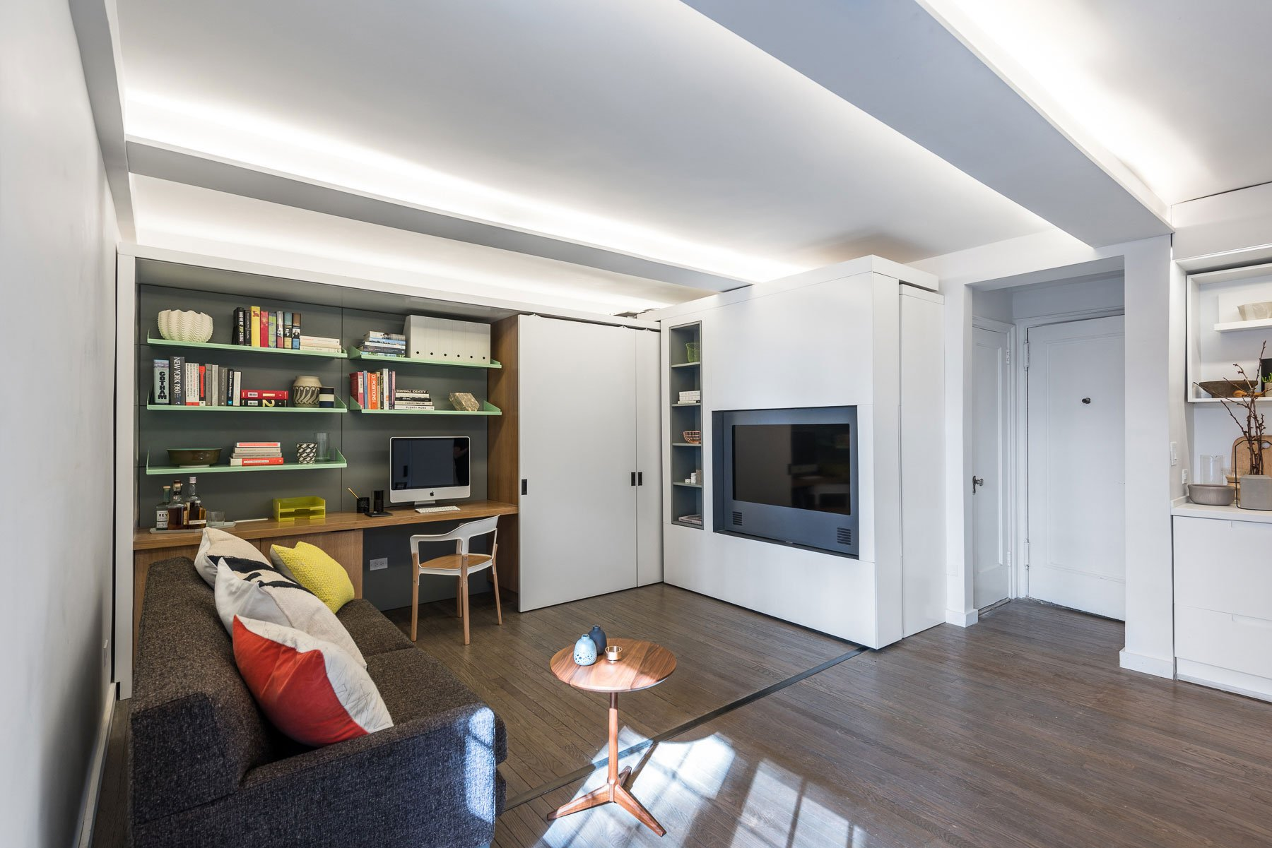 Five-to-One-Apartment-03