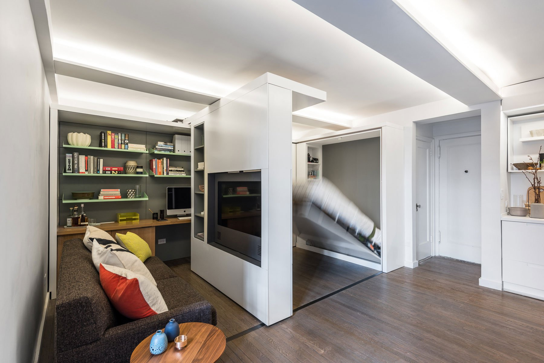 Five-to-One-Apartment-05