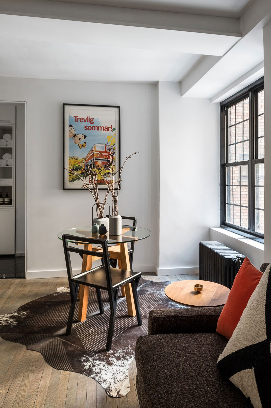 Five-to-One-Apartment-13