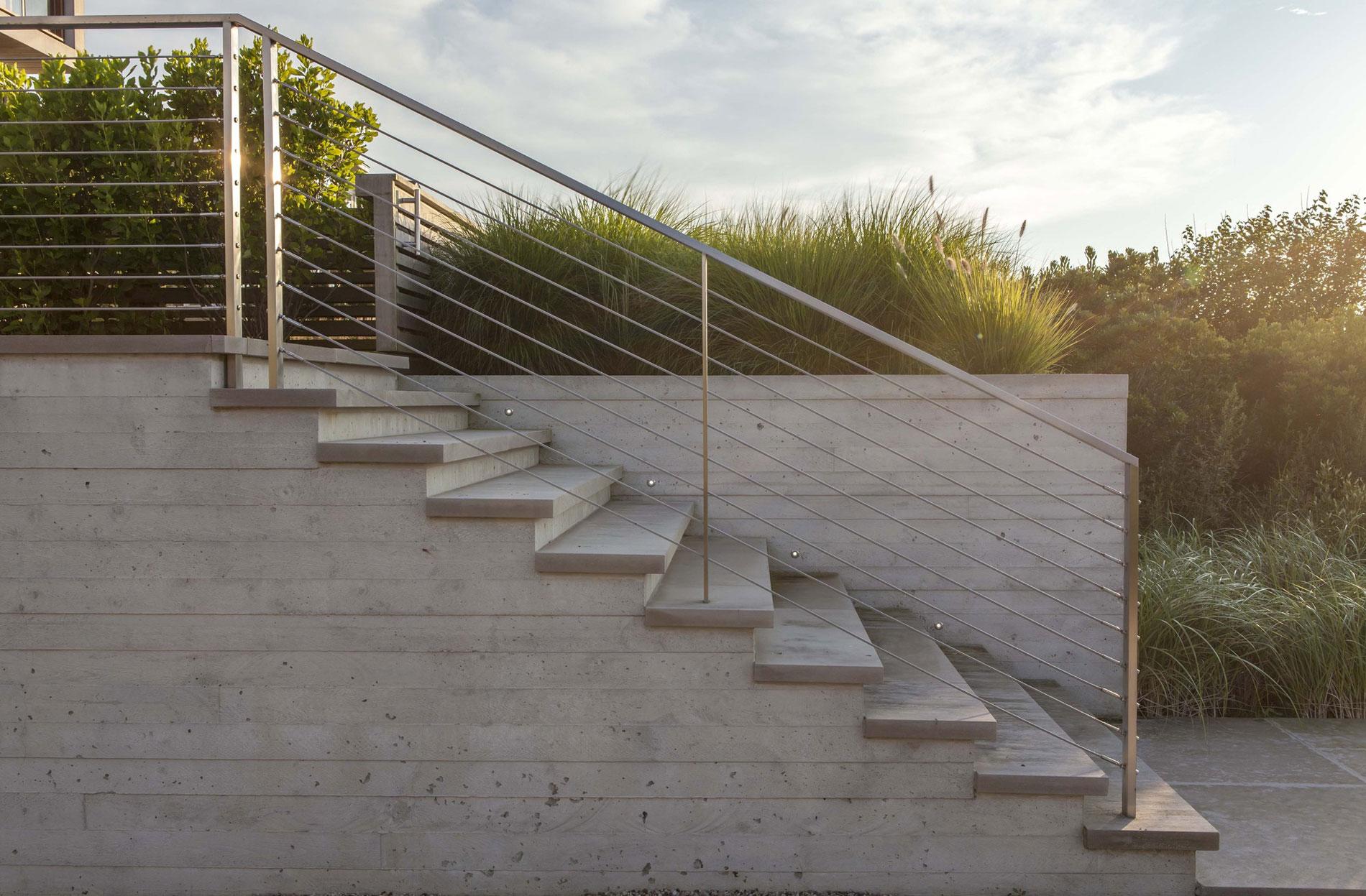 Hamptons-Beach-House-03