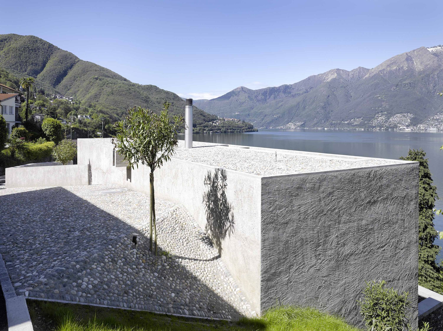House-in-Ranzo-06