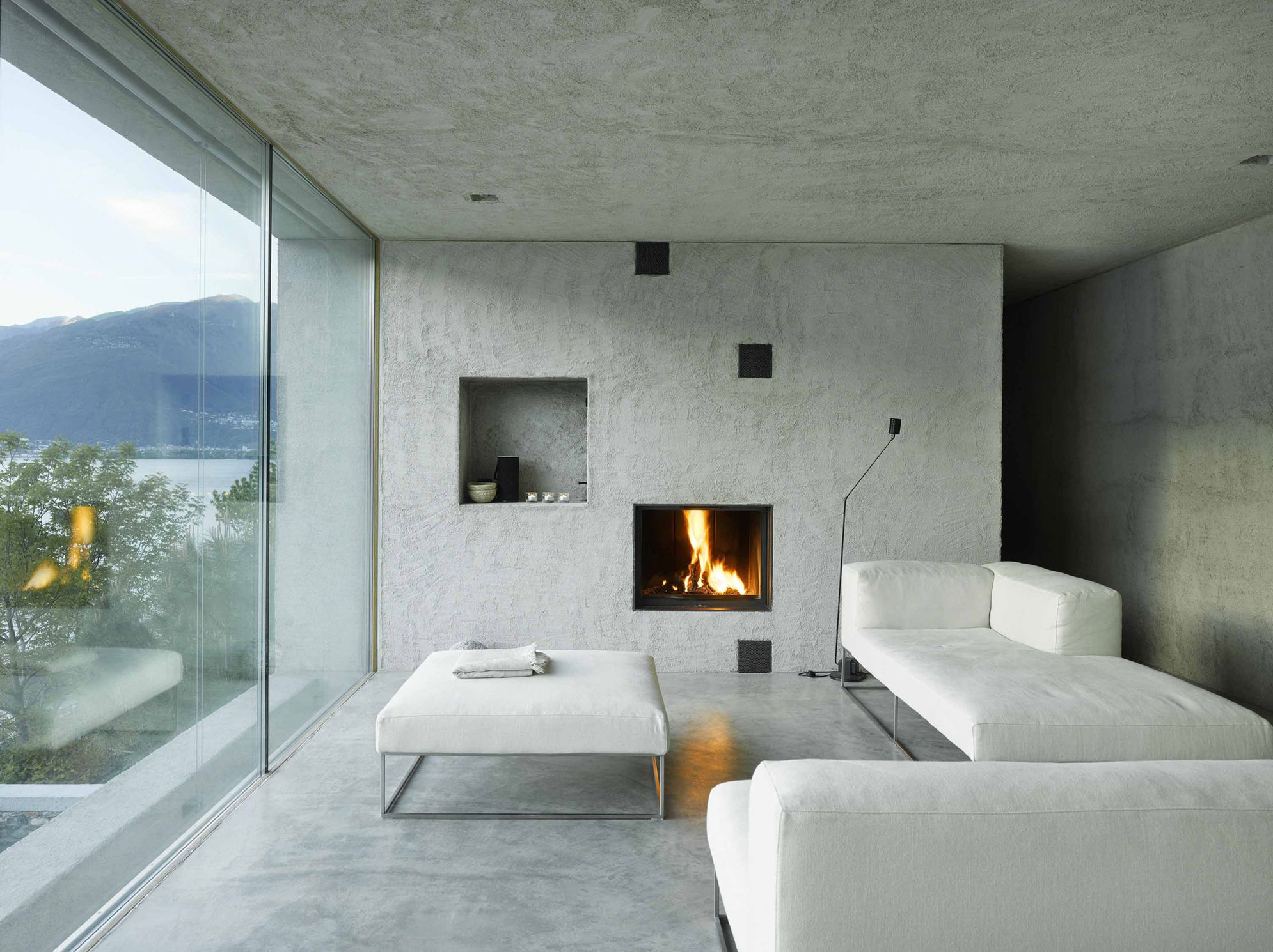House-in-Ranzo-10