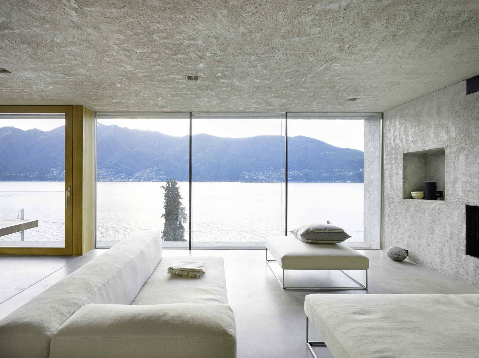 House-in-Ranzo-11