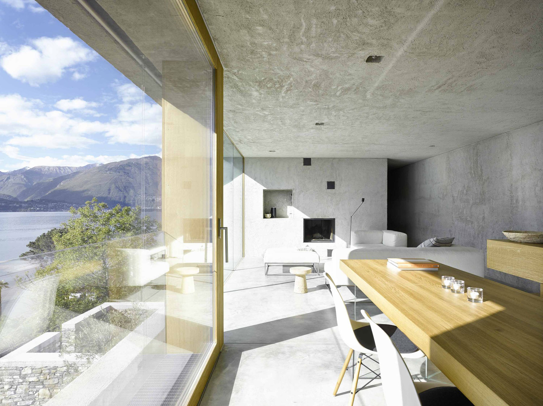 House-in-Ranzo-12