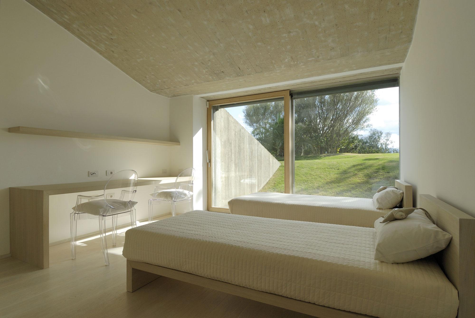 House-in-Sardinia-13