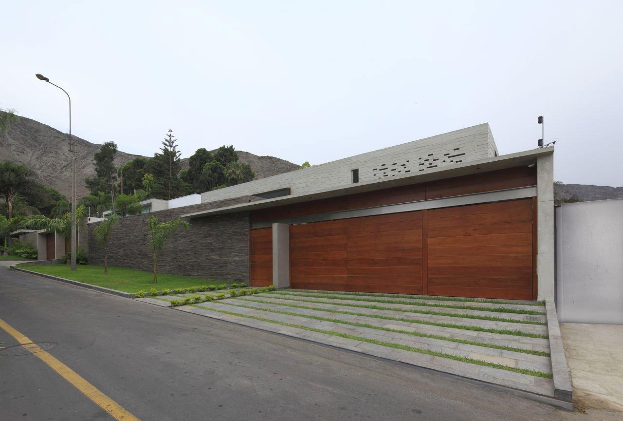 La-Planicie-House-II-01