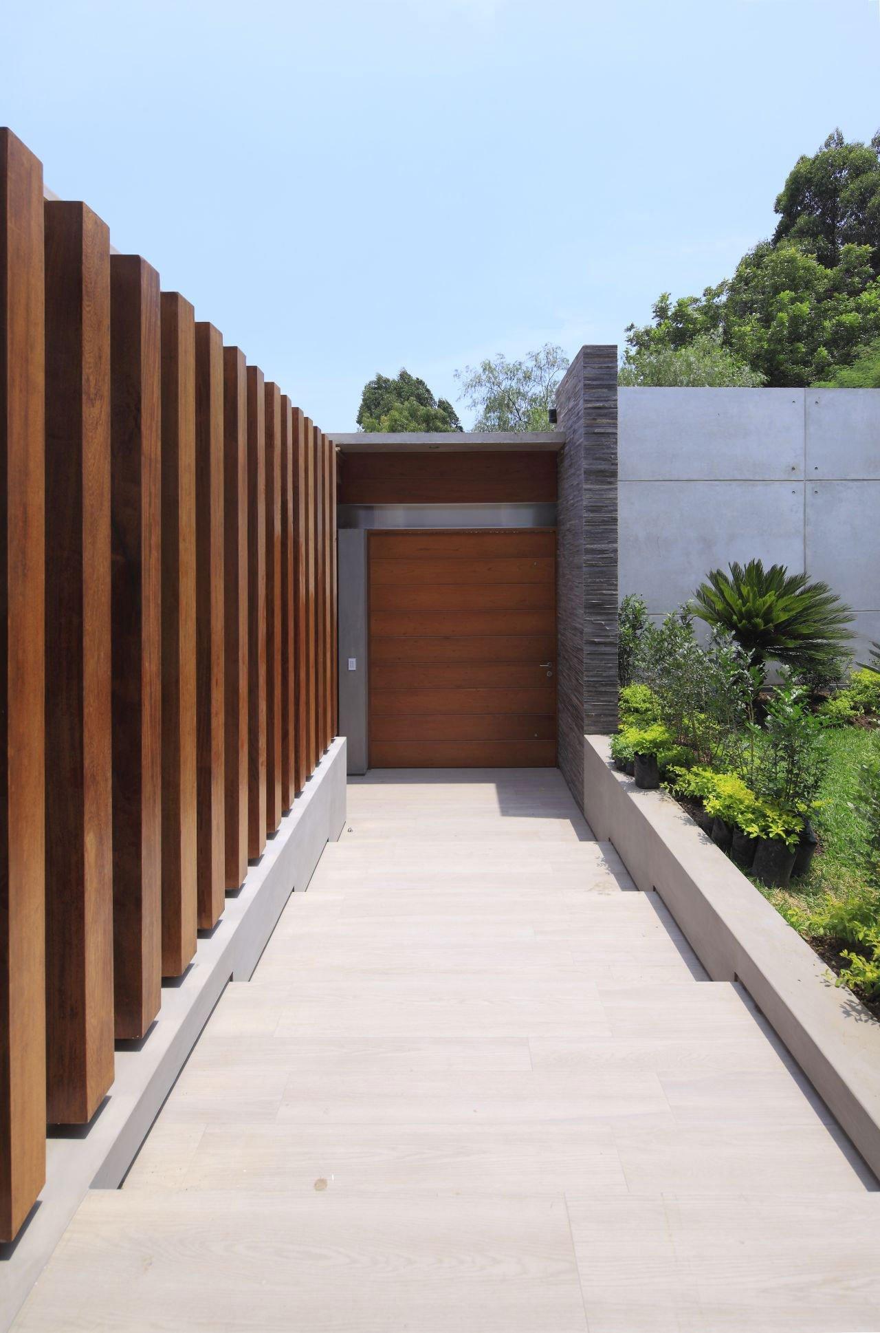 La-Planicie-House-II-07