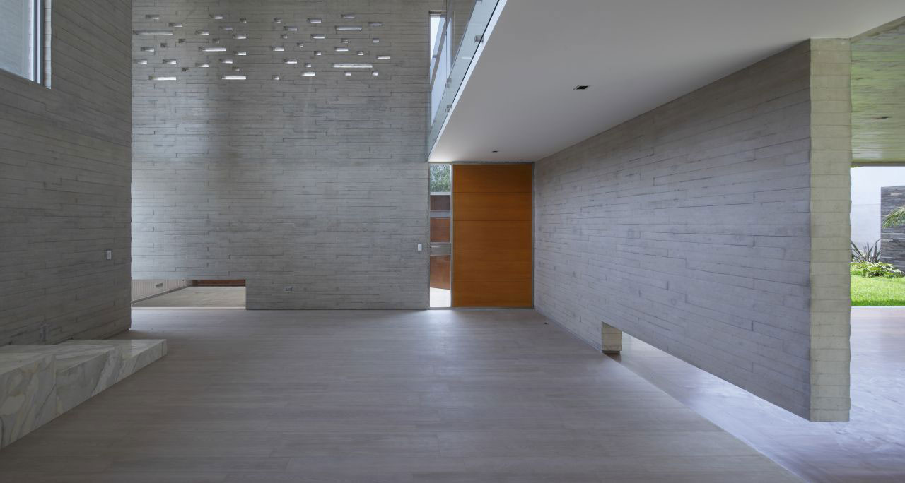 La-Planicie-House-II-09