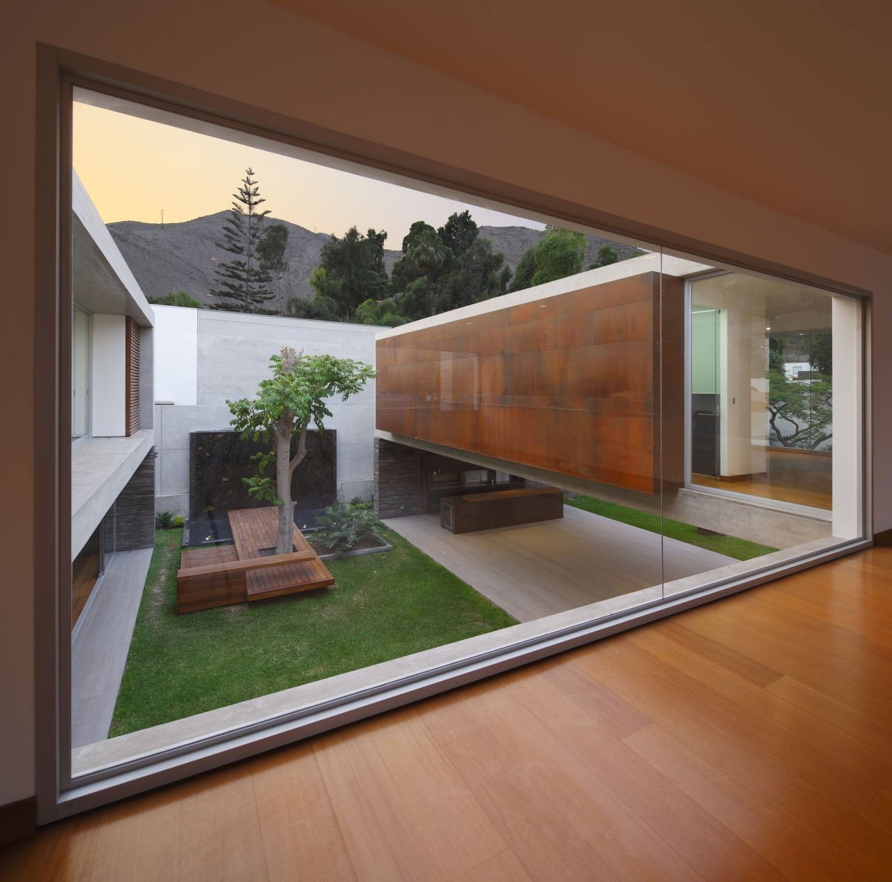 La-Planicie-House-II-15