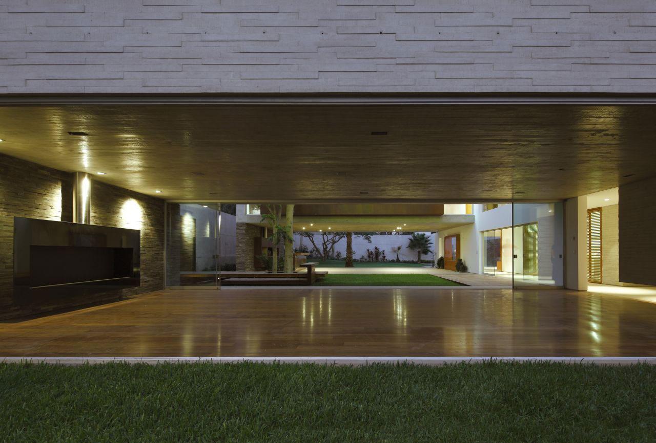 La-Planicie-House-II-18