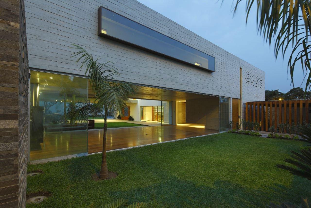 La-Planicie-House-II-19