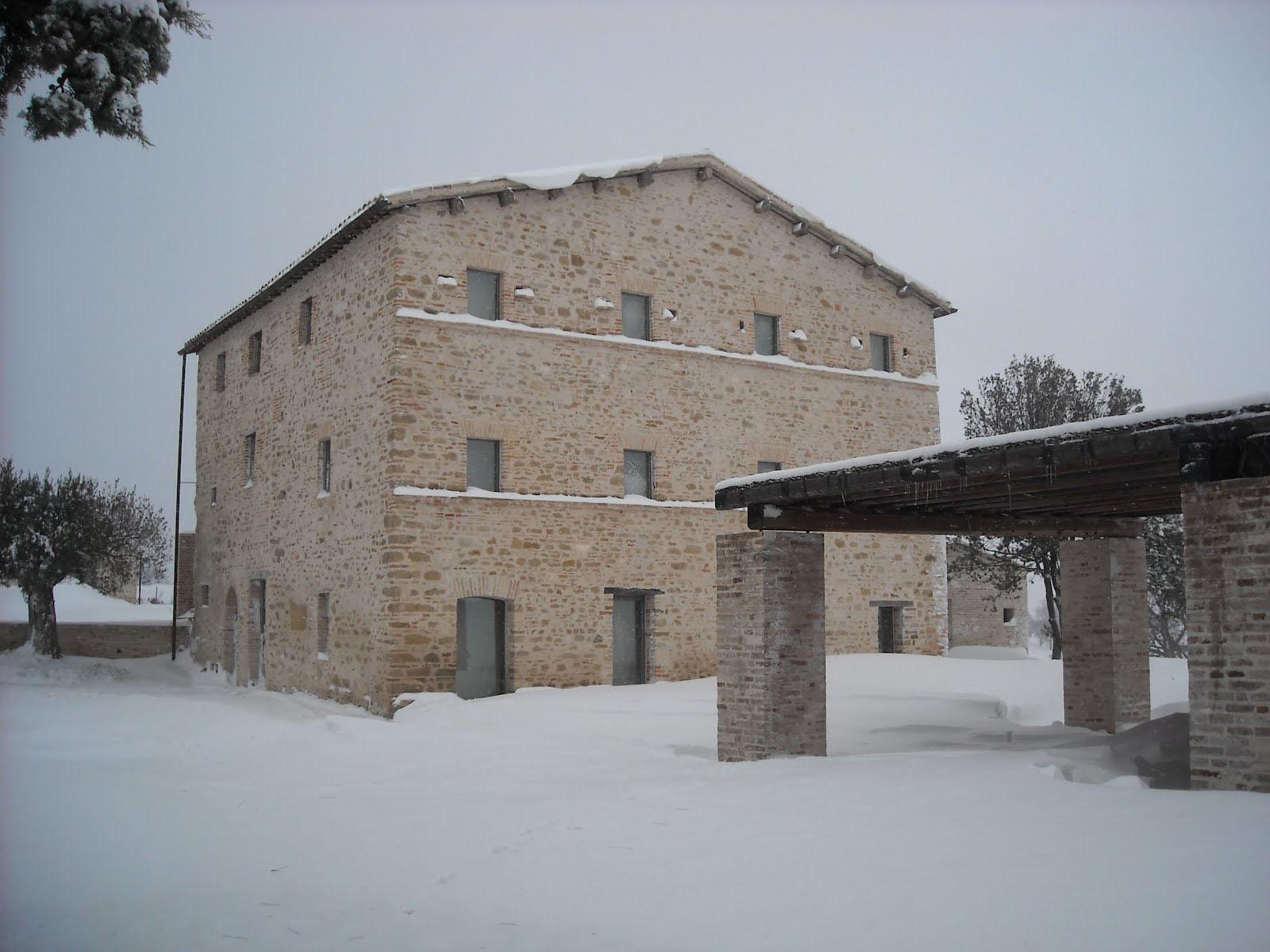 Le-Marche-Villa-00